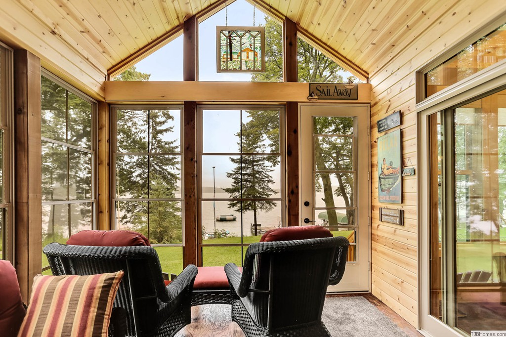 Multi-season screened porch with great lake views