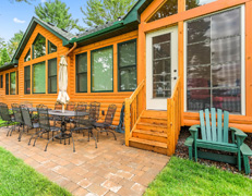 Doctors Luxurious Balsam Lake Cabin